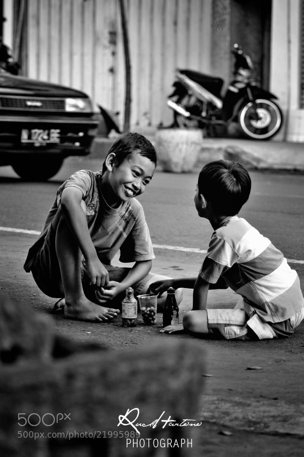 Photograph playing on the road by Rudi Hartono on 500px