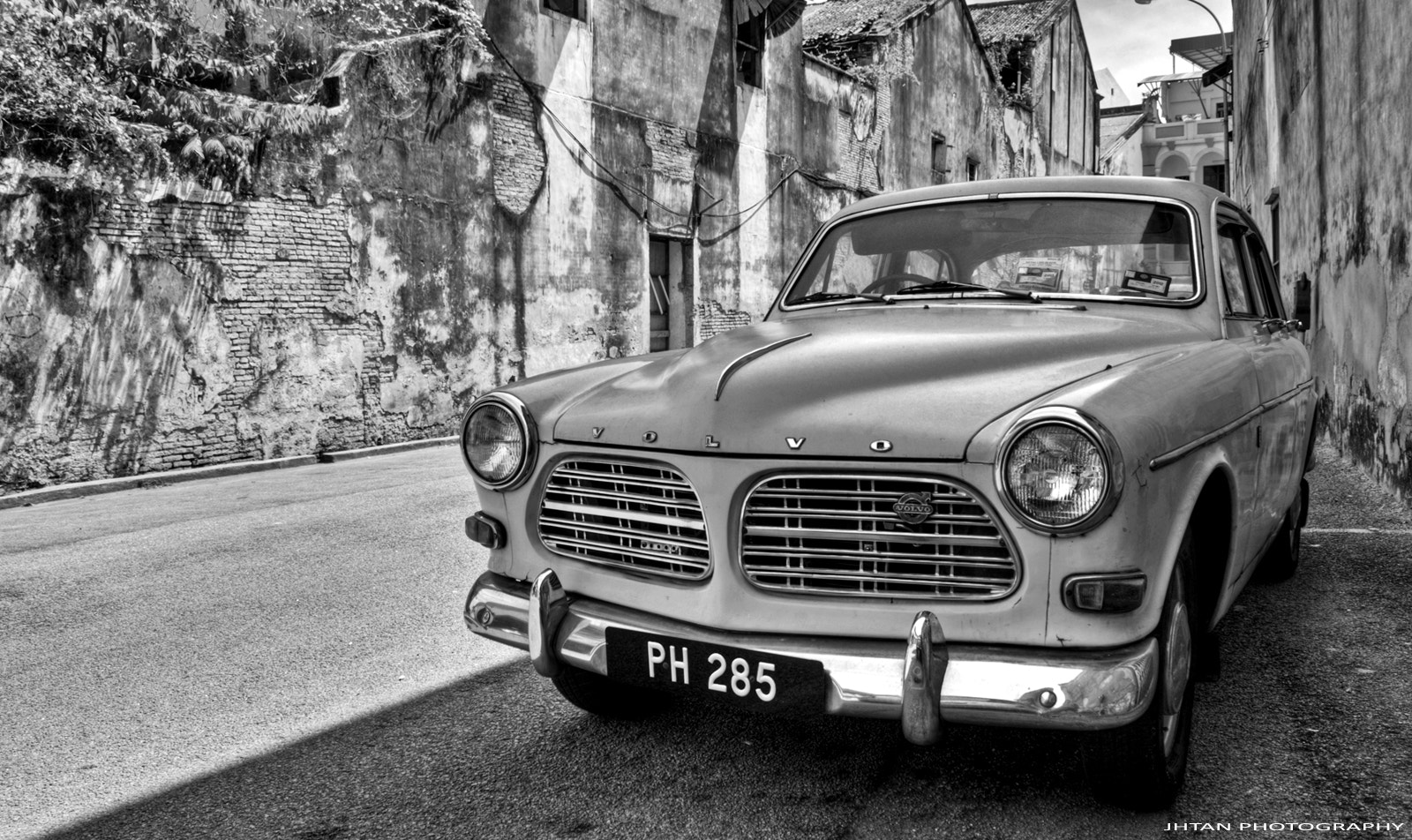 Photograph Volvo, the vintage classic. by Jh Tan on 500px