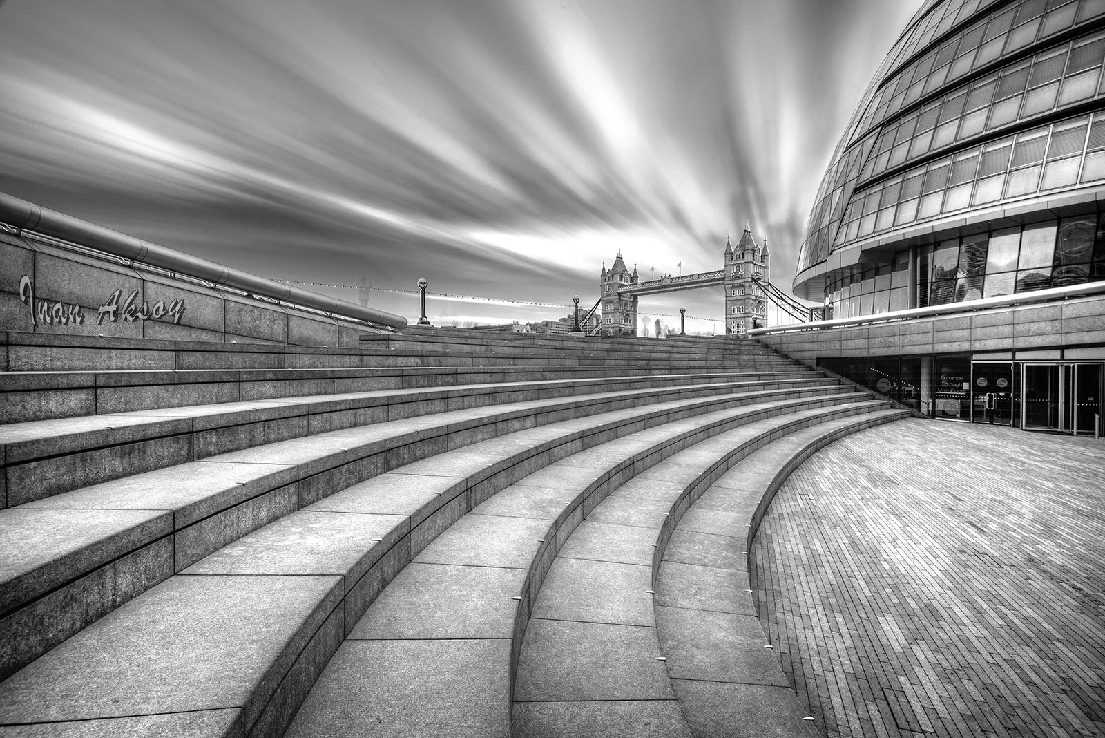 Photograph London City Hall and Tower Bridge by Inan Aksoy on 500px