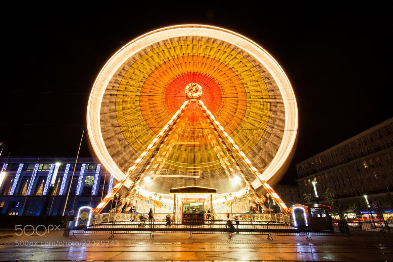 Photograph LH - Grande roue again by Mickaël LIBLIN on 500px