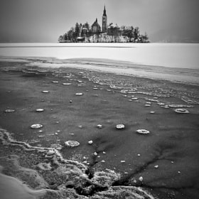 Frozen by Aleš Komovec (aleskomovec)) on 500px.com