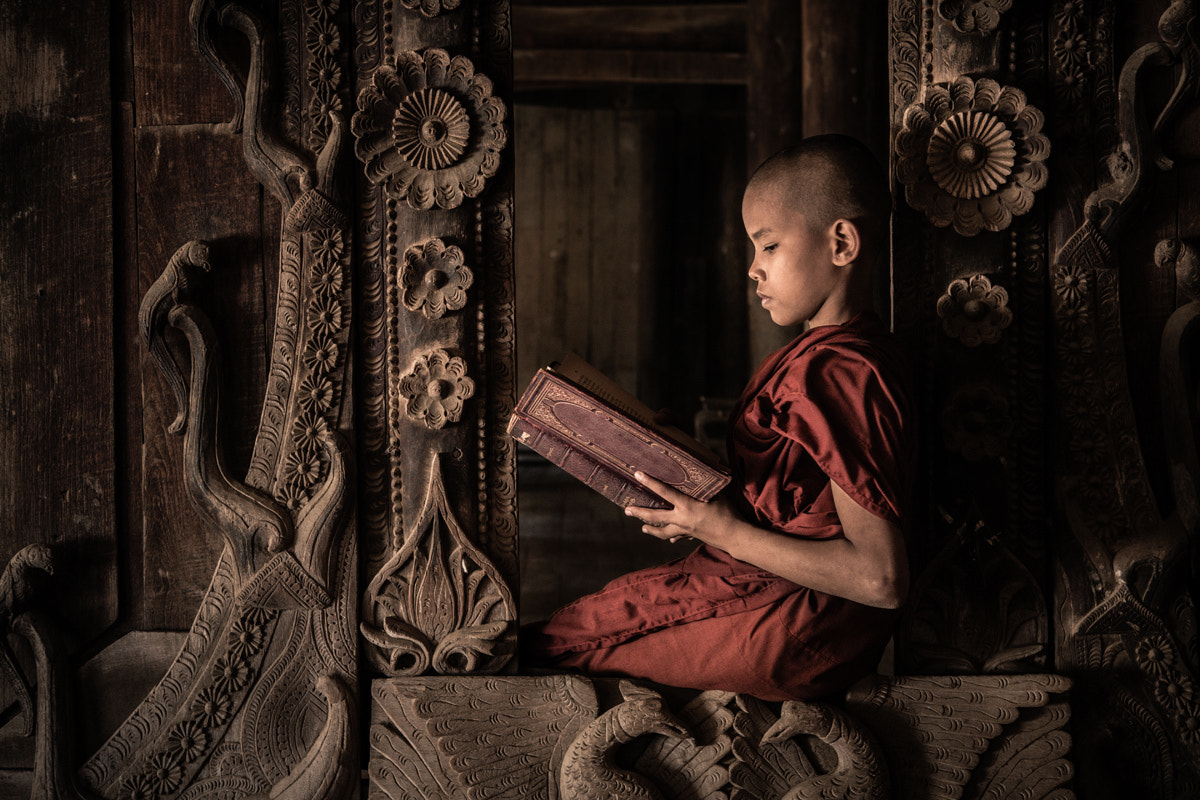 Photograph The reader by Philippe CAP on 500px