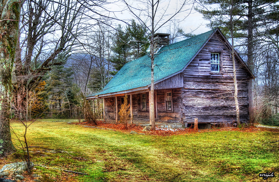 Photograph The Cabin by Salim waguila on 500px