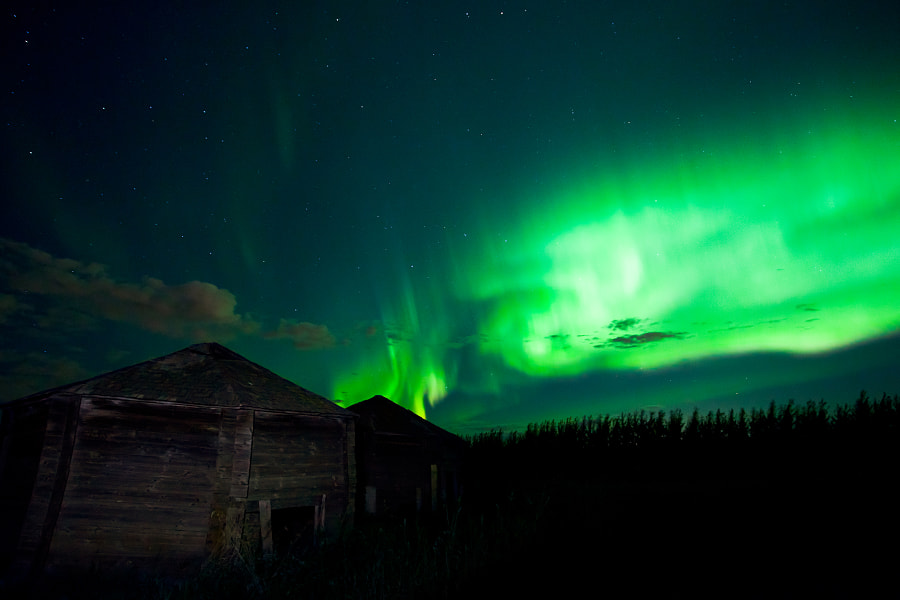 Interesting Aurora...looks like this old grain bin is on fire. I did a small amount of light painting on the grain bin with a hand held flashlight.