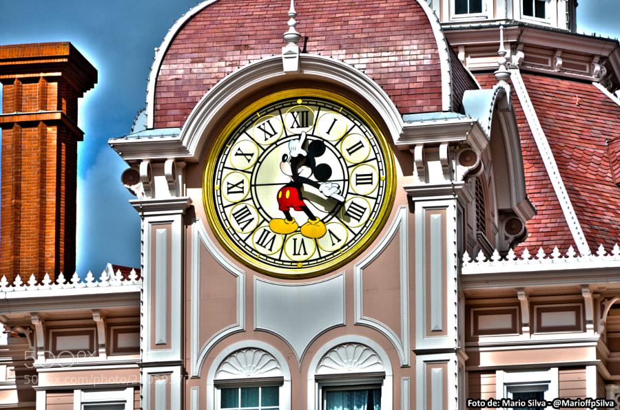 Disneyland Paris - Reloj Mickey by Mario Filipe  Fernandes Pinto da Silva (MarioffpSilva)) on 500px.com
