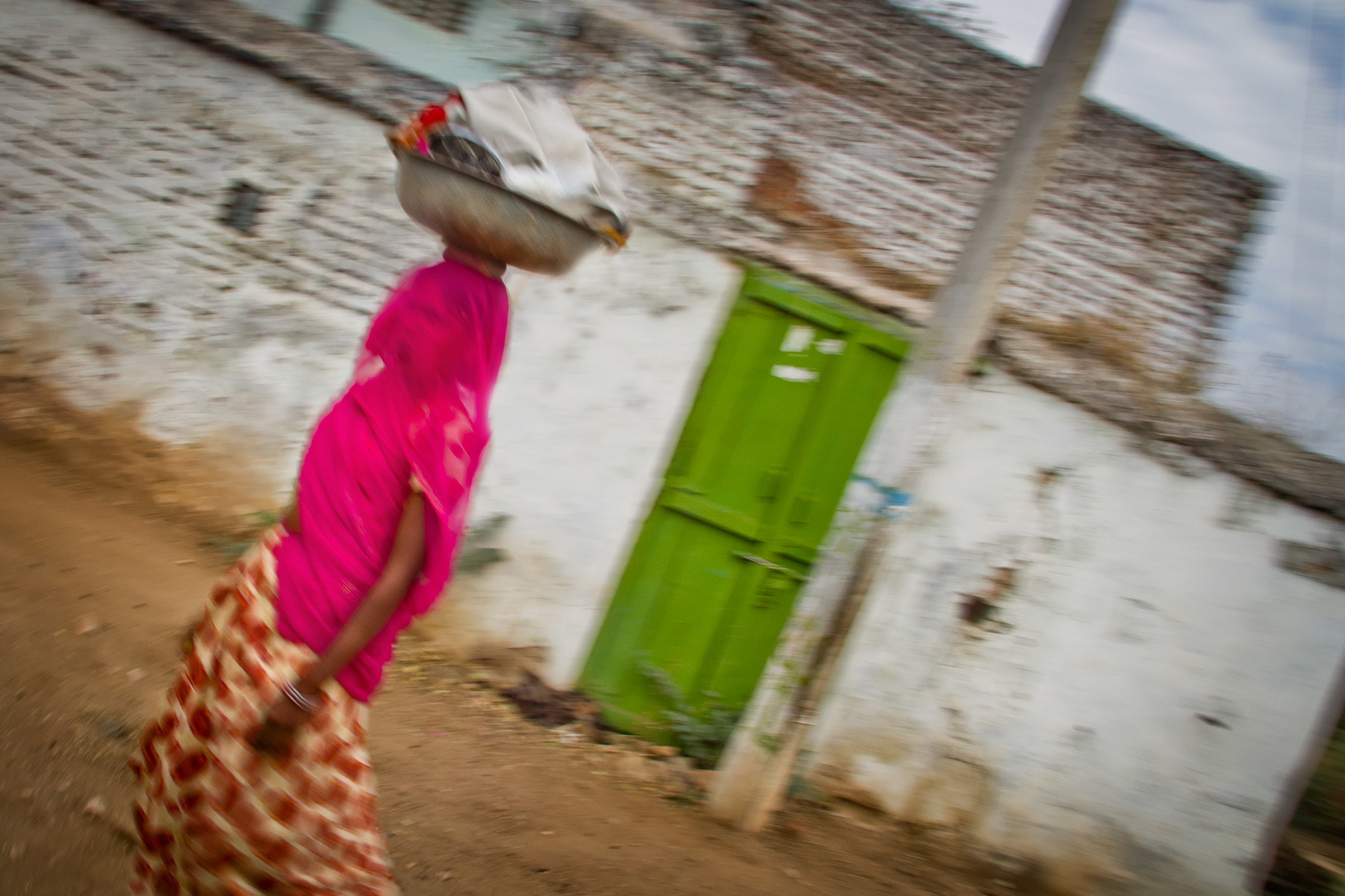 Photograph Rajastani Woman - India in Motion - Rural India - India by Sandy Gennrich on 500px