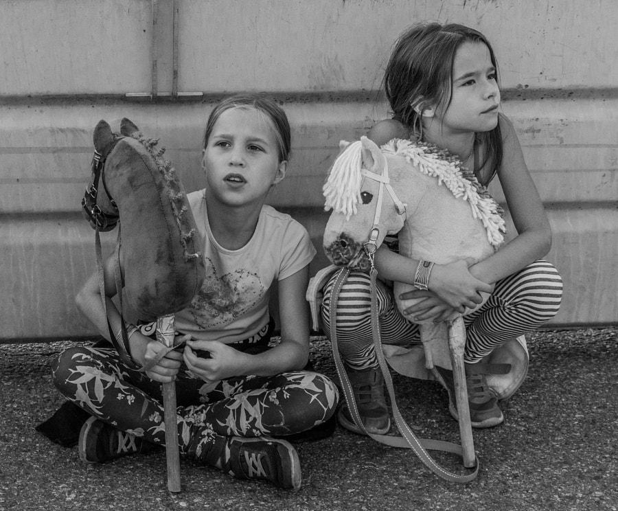 Hobby horse girls