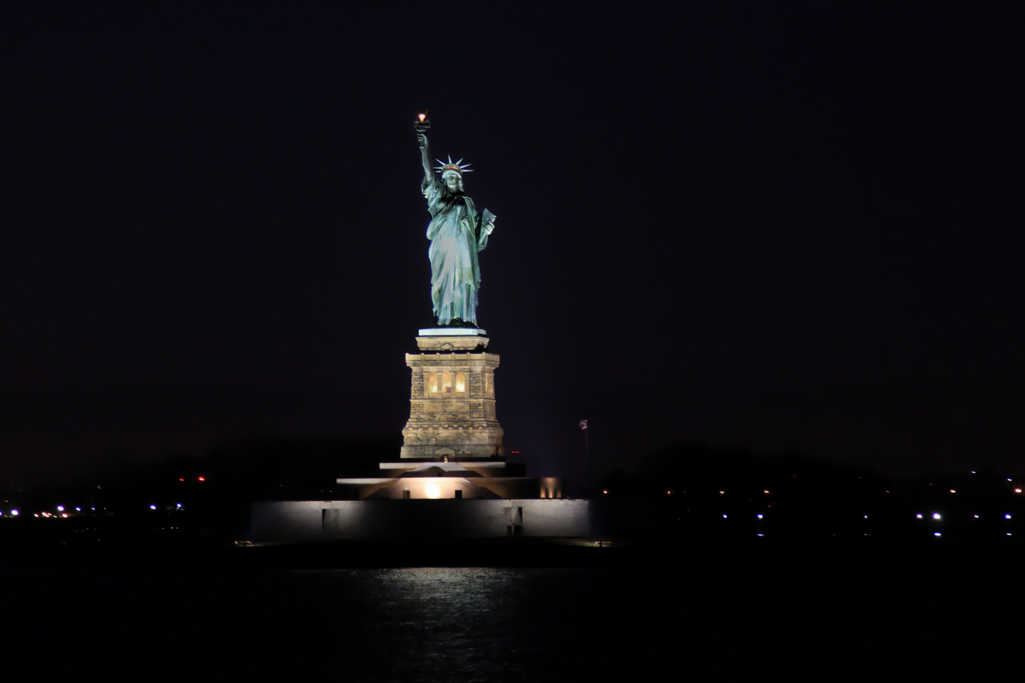 Photograph Statue of Liberty by Georgina Gomez on 500px