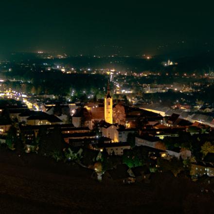 deutschlandsberg at night