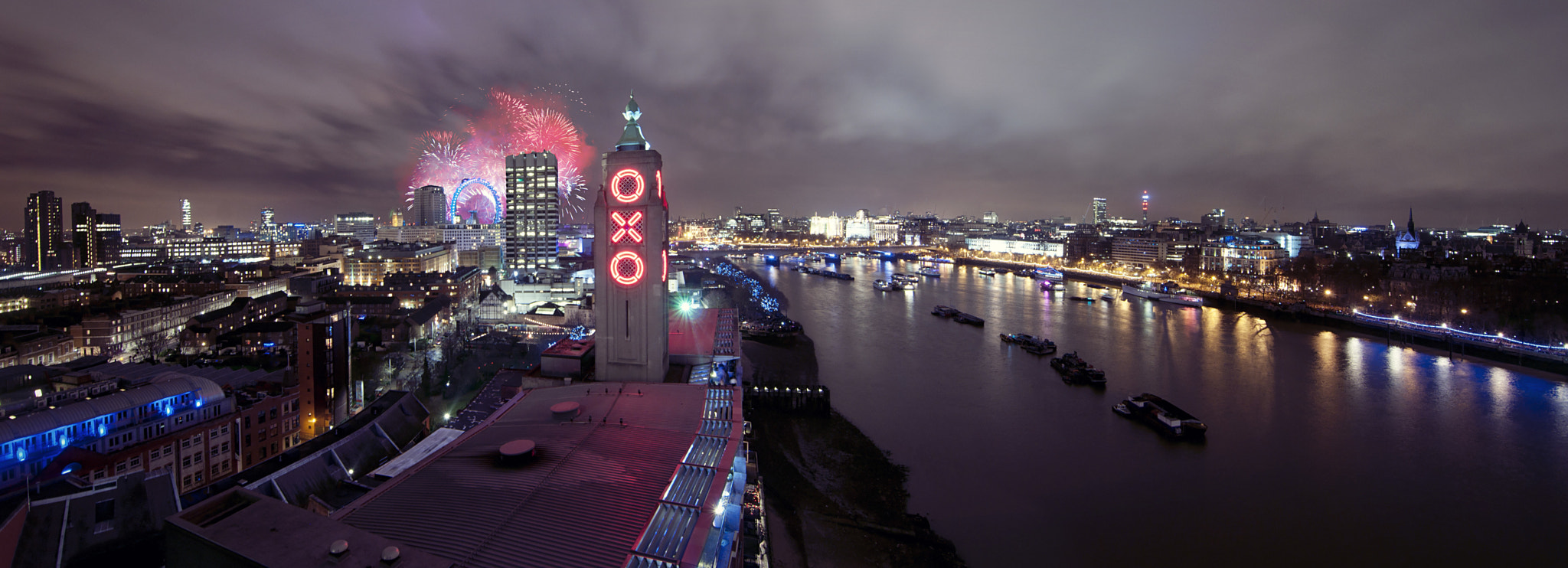 Photograph London Calling by James Charlick on 500px