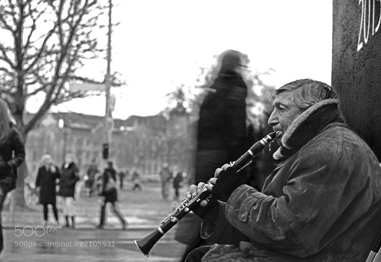 Photograph Steetmusiker by Shasha Ju on 500px