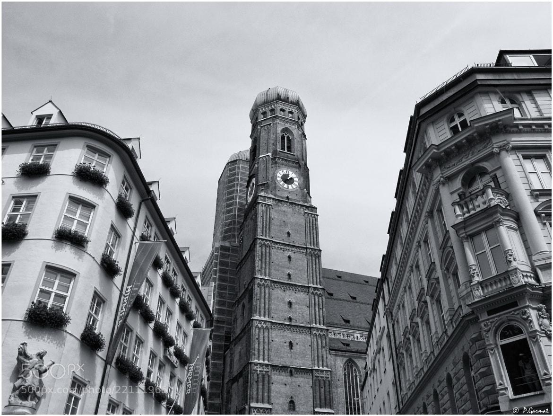 Photograph Frauenkirche (München) by Garmatis Pantelis on 500px