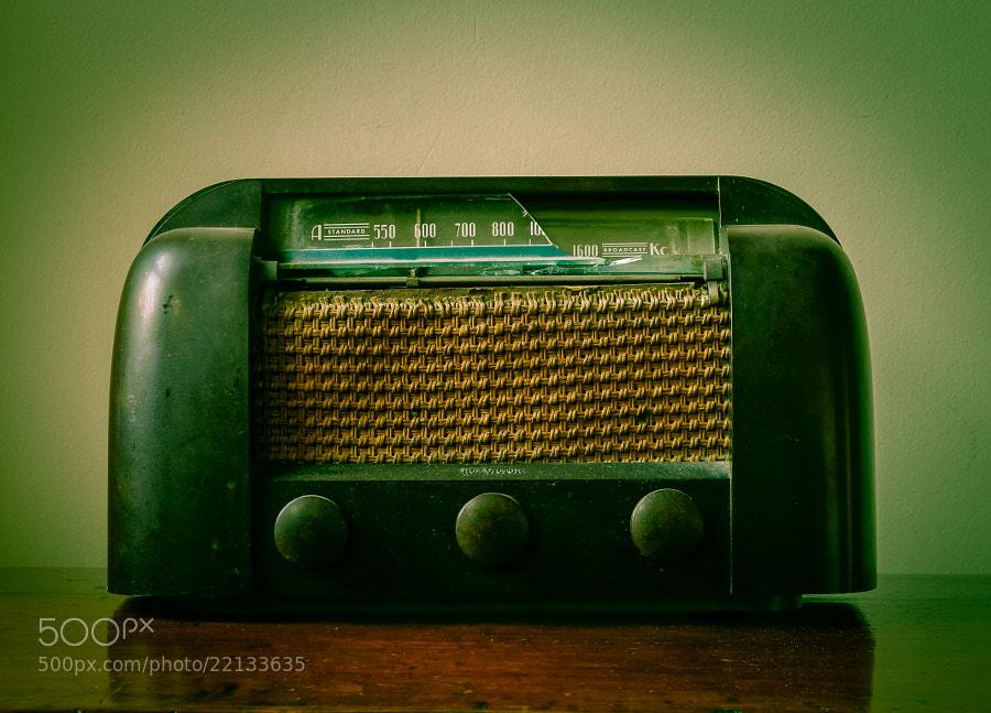 Old Broken Vintage Radio by carlos restrepo (carlosrestrepo)) on 500px.com