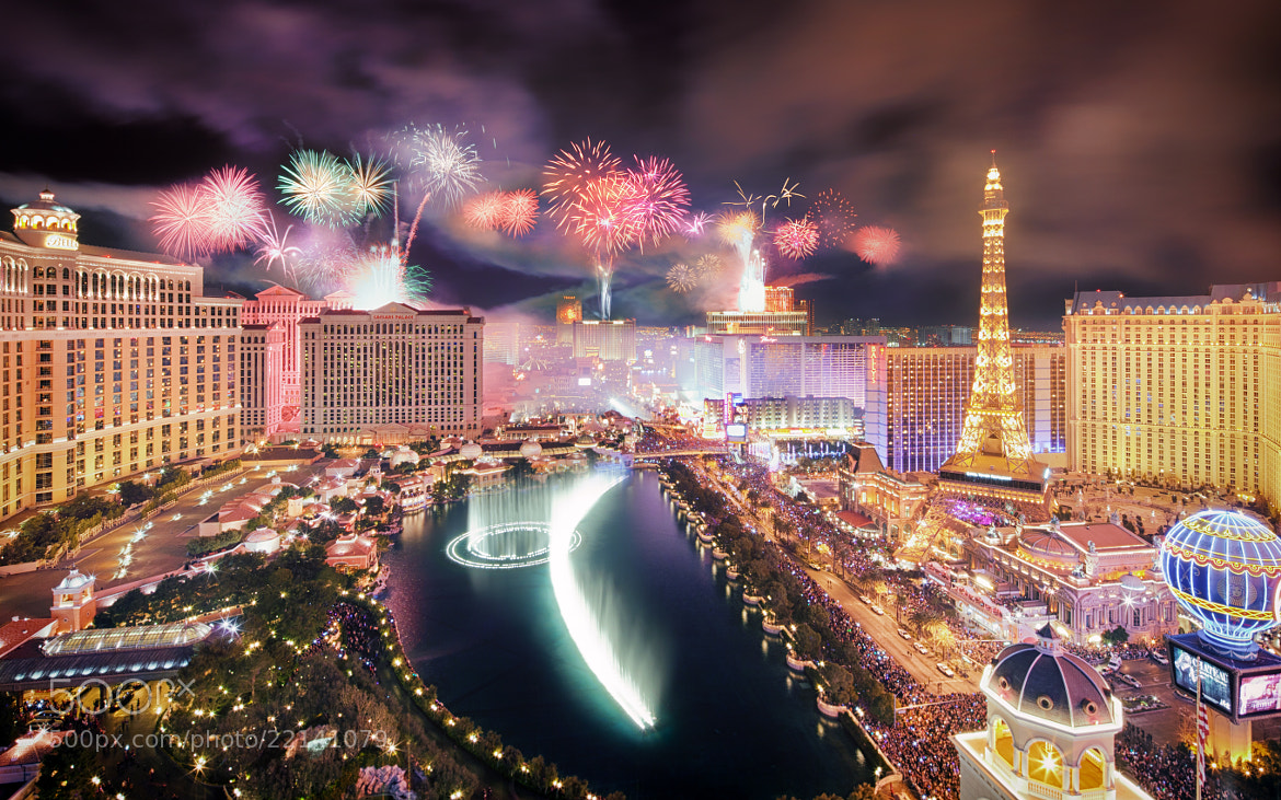 "Photograph EPIC Las Vegas New Year's celebration (""Happy New Year"" photo contest) by Ronnie Renaldi on 500px"