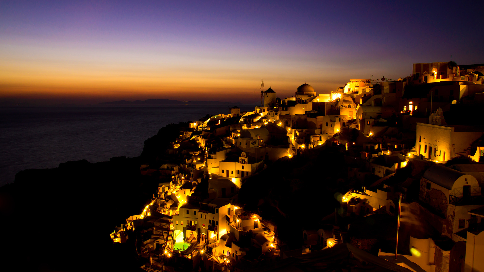 Photograph Last lights at Oia - Santorini Island - Greece by Lluís Grau on 500px