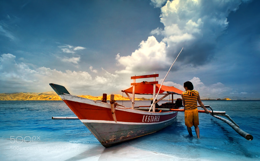 Photograph Ready to serve you by hirza kini on 500px