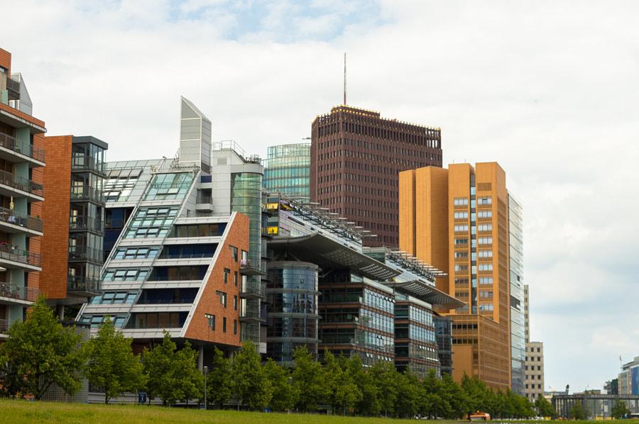 Weird Architecture von Jaxelle auf 500px.com