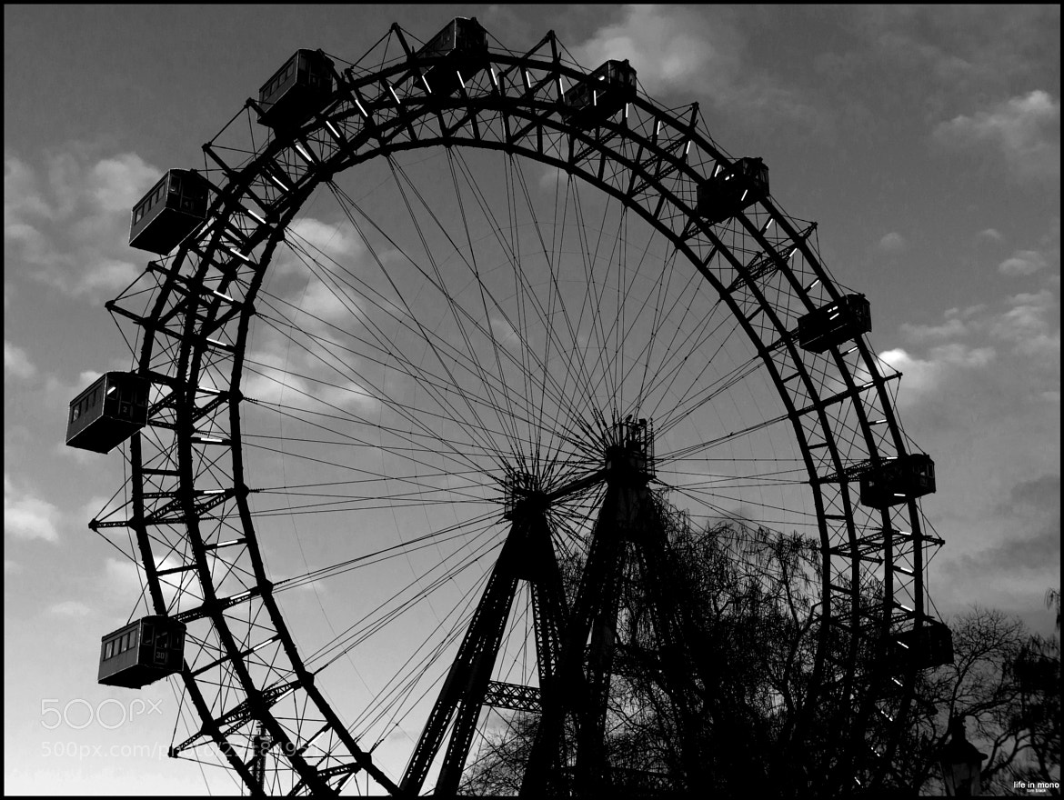 Photograph ... wheels are turning ... by Tom Ba on 500px