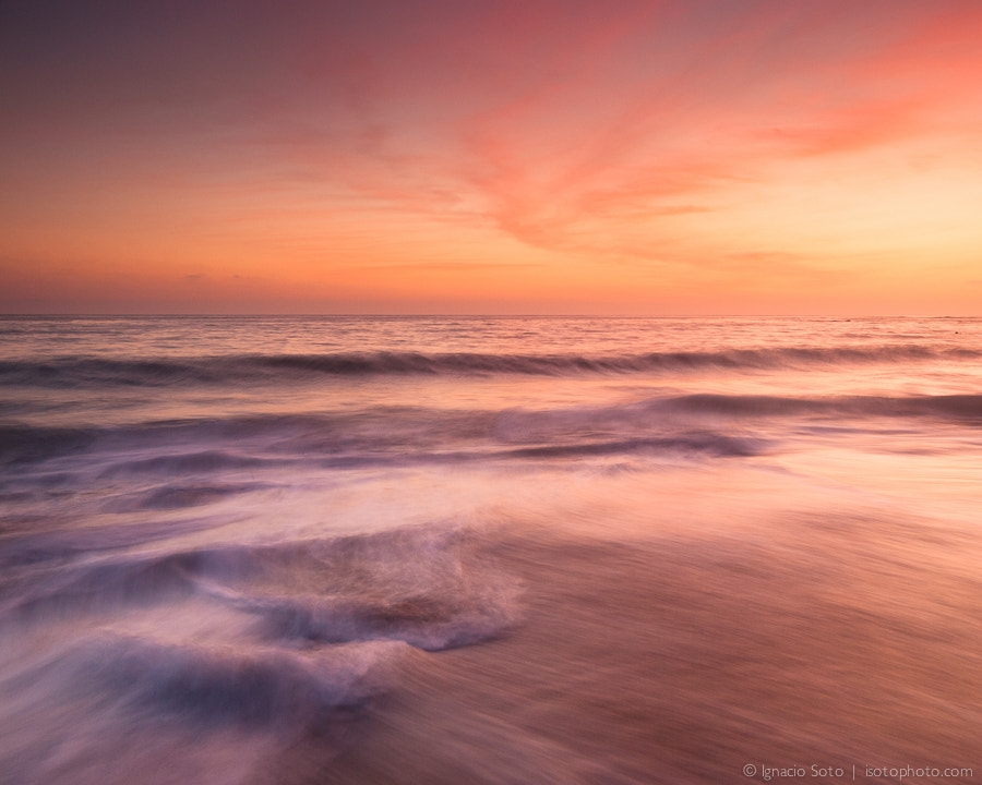 Photograph Simply relaxing and watching the waves by Ignacio Soto on 500px