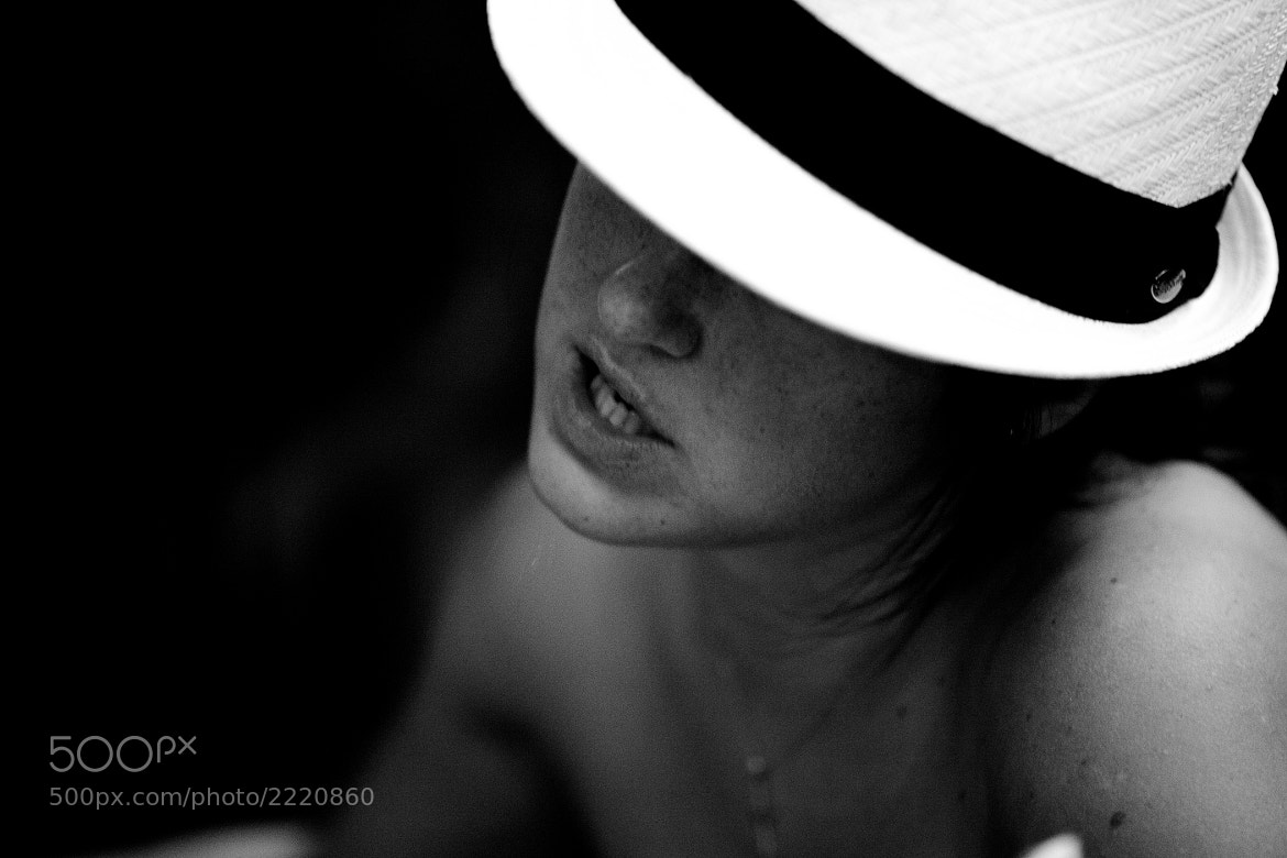 Photograph White Hat by Andrey Tochilin on 500px