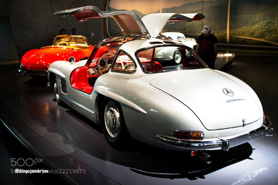 Mercedes-Benz Alas de gaviota by Diego Jambrina (Elhombredemackintosh)) on 500px.com