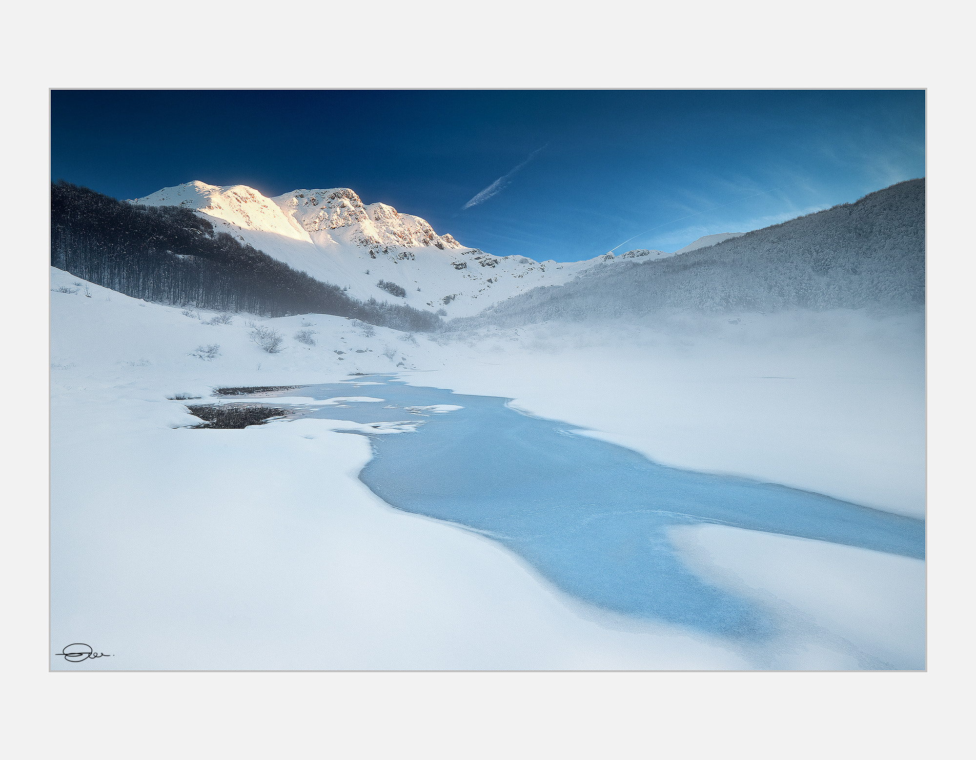 Photograph Iced lake by Enrico Montanari on 500px