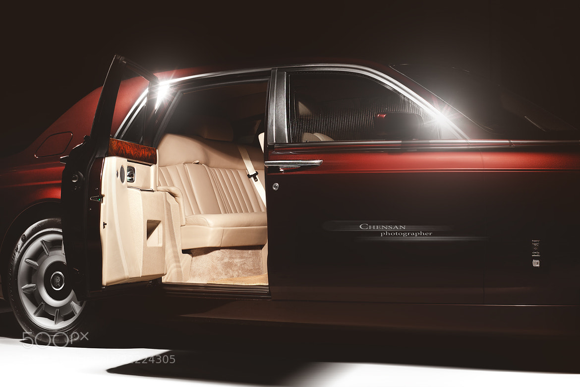 Photograph Сherry flavor .Rolls Royce Phantom . by Chensan  first photography of 2013 by  Chensan on 500px