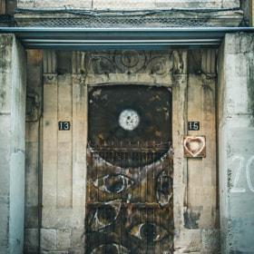 #streetphoto #callelarua #salamanca #puerta #gatos #gatonegro #animal #calle #morningshot #door...