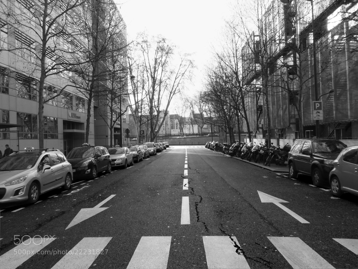 Photograph I walk this empty street, and i walk alone by Léo  on 500px