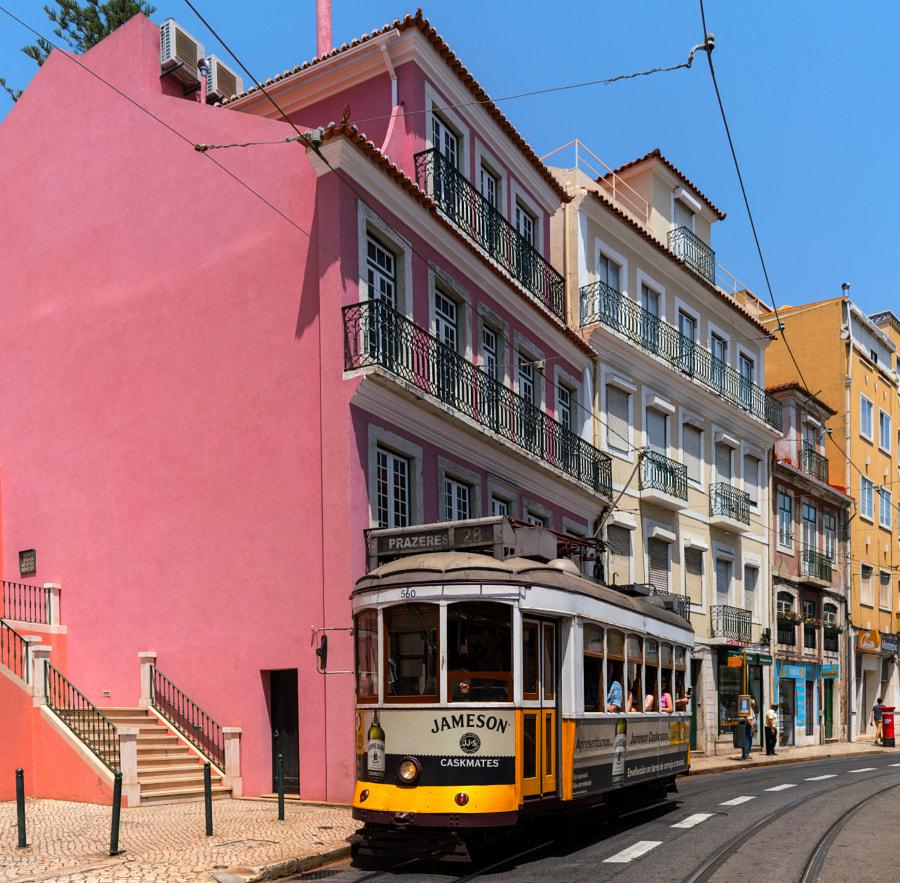 Les couleurs des rues de Lisbonne, автор — Guy на 500px.com