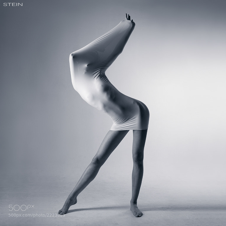 studio photo - Sculpture by Vadim Stein