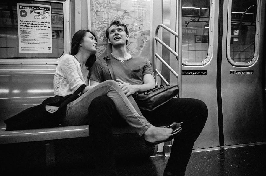 Subway Scene, автор — Roy Savoy на 500px.com