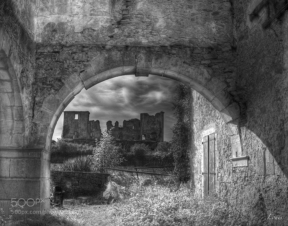 Photograph castle by Louis Rafenomanjato on 500px
