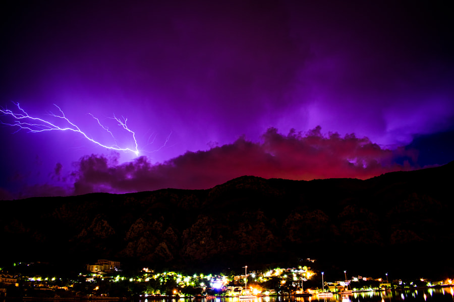 Lighting Chasing by Dean Gnjidic on 500px.com