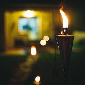 #antorcha #llama #fuego #decoracion #jardin #noche #torch #fire #decoration #garden #exterior...