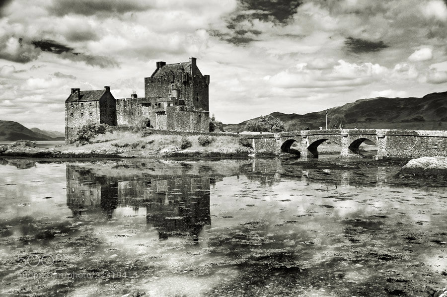 Photograph Eilean Donan Castle by Bart Hoga on 500px
