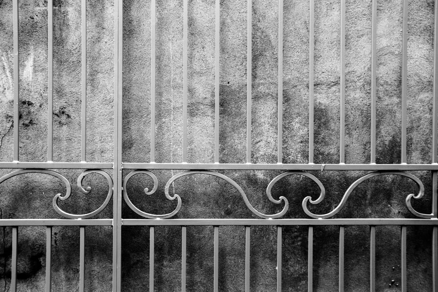 La grille (the gate) de Christine Druesne sur 500px.com