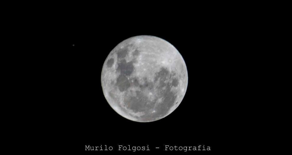 Photograph MOON by Murilo Folgosi on 500px