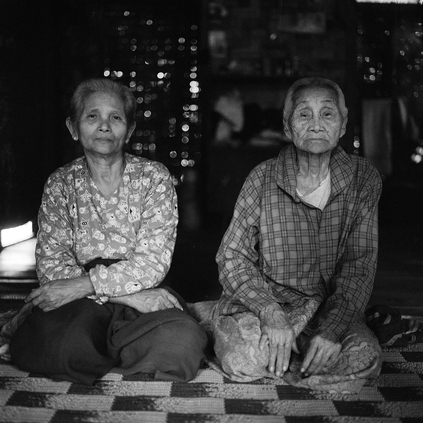 Photograph sisters, unnamed village by  momofuku on 500px
