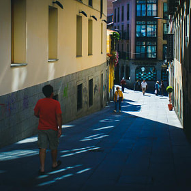 #salamanca #streetphoto #streetphotography #calle #street #luces #lights #sombras #shadows #gente...