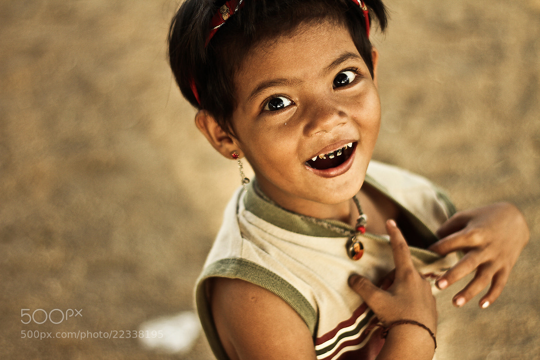 Photograph Cheerful by Nitchakan Changsan on 500px