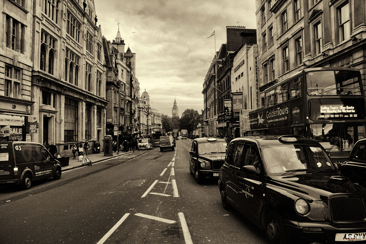 Photograph london streets  by Hegel Jorge on 500px