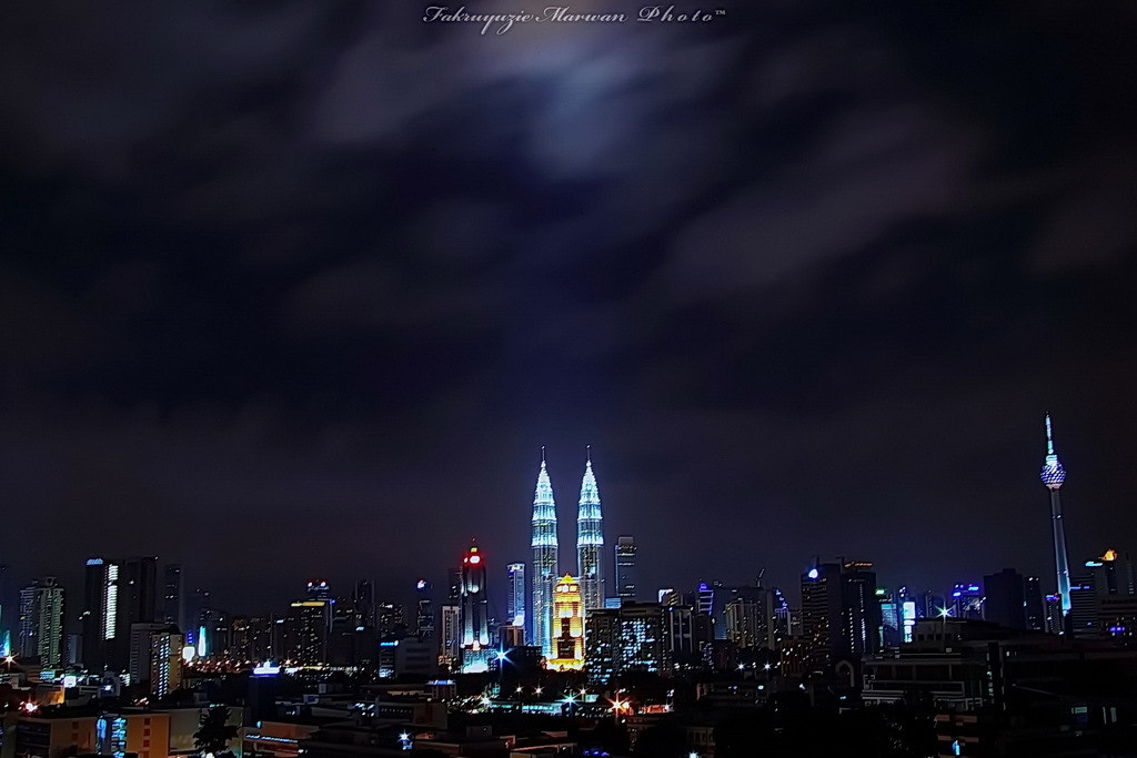 Photograph City of Kuala Lumpur by Fakruyuzie Marwan on 500px