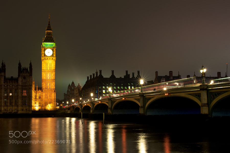 A view of Big Ben and Westminster Bridge.