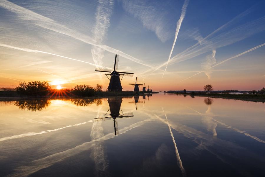 Kinderdijk sunrise by Mads Peter Iversen