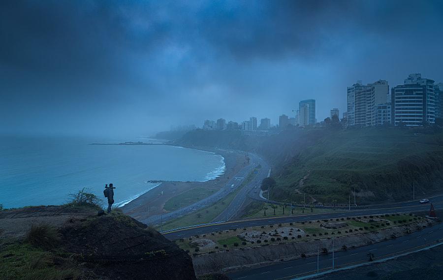 Otro día en esta ciudad by Ronald Espinoza on 500px.com