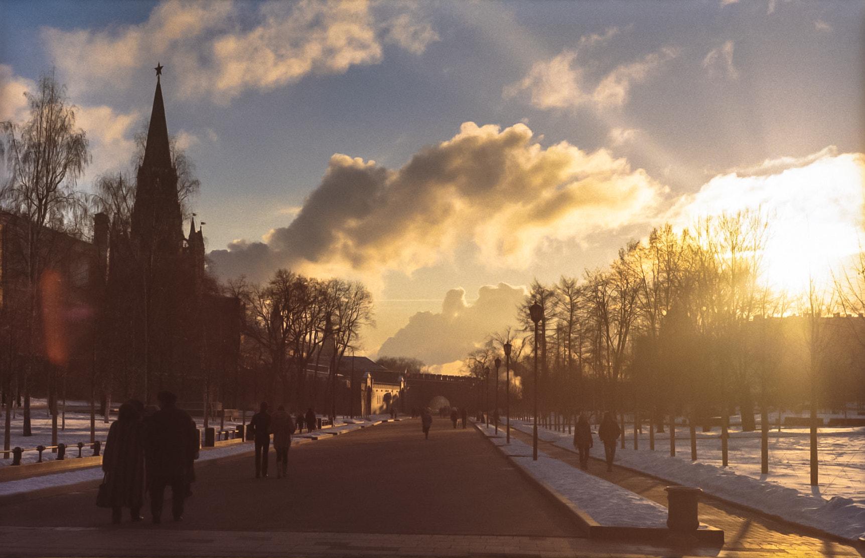 Photograph Winter Sunset @ Moscow by Dee Nguyen on 500px