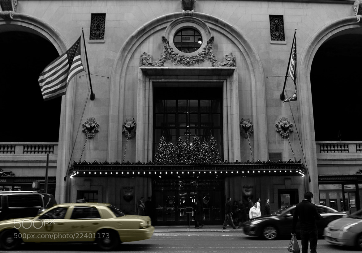 Photograph 45th Street Entrance to the Helmsley Building by Christine Skulevold on 500px