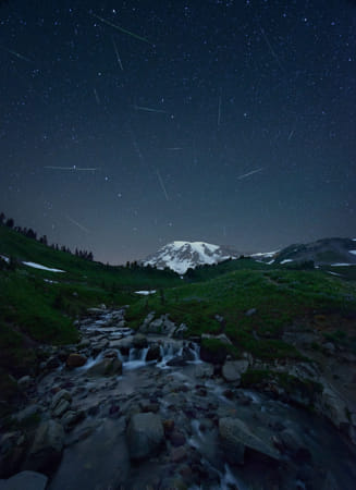 Meteor shower by Kimberly Potvin on 500px