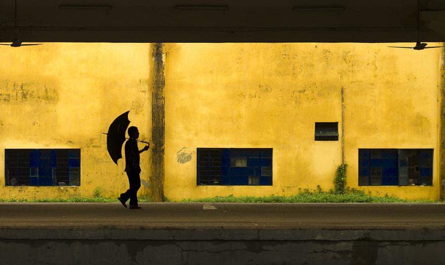The man with an umbrella by Ehsanul Siddiq Aranya on 500px.com